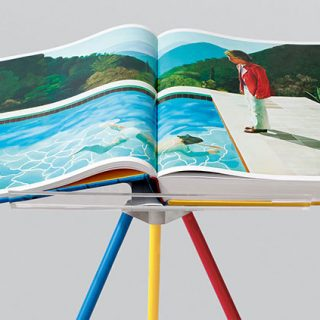 Hockney_A-Bigger-Book_Taschen_book-open-on-Marc-Newson-stand